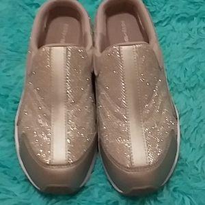 Size 8 Easy Spirit Athletic shoes BNWOT
